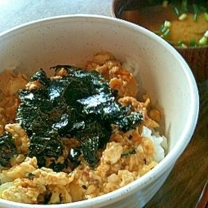 忙しい朝に栄養タップリ炒り豆腐丼