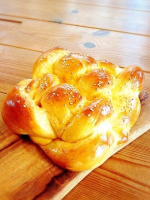 編み込みパン ハラーブレッド