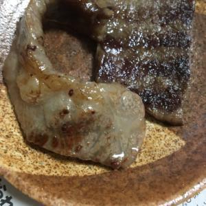 牛バラ肉の焼肉用で✨塩コショー焼き(^^)