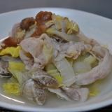 白菜とアサリと豚バラの梅風味重ね蒸し