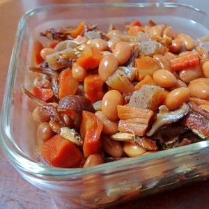 林檎ジャムの甘みとイリコ椎茸の旨みで煮豆♪