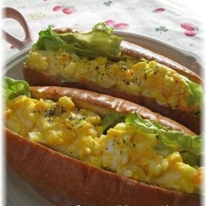 塩麹漬けゆで卵のホットドッグ
