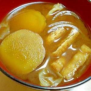 安納芋で。さつま芋のお味噌汁(赤だし)