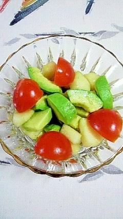 アボガドとラフランスのサラダ
