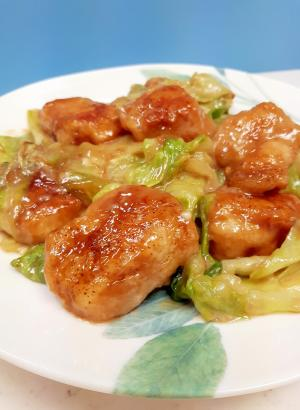 子供が喜ぶ(^^)鶏むね肉とレタスのマヨ照り焼き♪