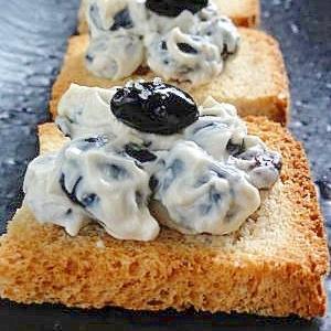 黒豆とクリームチーズの和え物