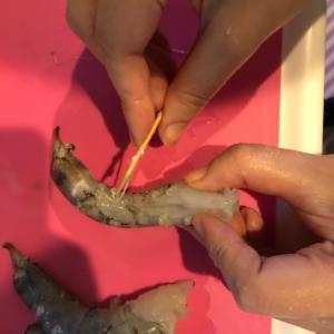 エビの下処理方法
