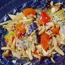 塩さばと色々キノコとトマトの炒め蒸し~バルサミコ~