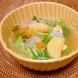 ルタバガのコンソメスープ