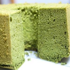 小松菜の米粉シフォンケーキ