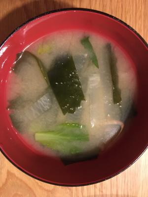 大根と小松菜のお味噌汁