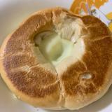ベーグルチーズホットサンド