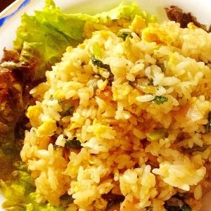 「大根葉の春色チャーハン」簡単美味しい焼き飯♪