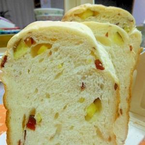 HBdeさつま芋とクランベリーのおやつ食パン