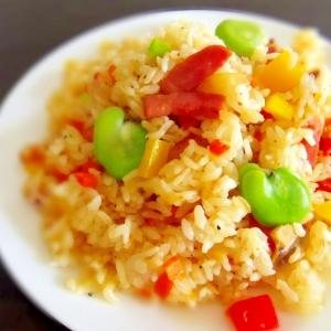 味付け簡単★そら豆とベーコンの中華風炒飯
