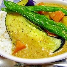 夏野菜のココナッツカレー