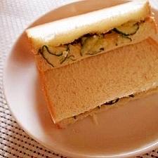 塩麹胡瓜でサンドウィッチ♪