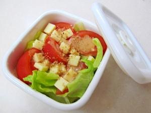 *お弁当に♪野菜とチーズのサラダ*