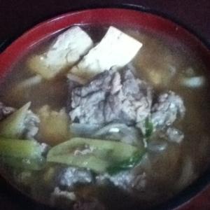 牛肉と豆腐の煮込みうどん