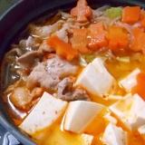 豚肉・豆腐・もやしのチゲスープ