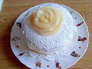 ♪もも缶でバラのように飾ったデコレーションケーキ♪