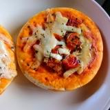 ミニピザ生地で、ちっちゃいピザ