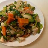⌘野菜たっぷりゴーヤチャンプル⌘