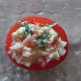 スモークサーモンとトマトのカップサラダ
