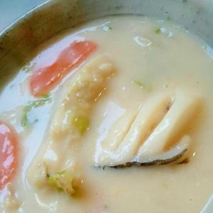 タラの味噌ミルクスープ