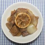 ガッツリさっぱり豚肉と乾燥レモンのにんにく生姜炒め