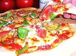 おうちで簡単♪手作りピザ