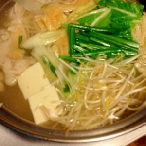 野菜たっぷり☆〆はラーメン!ウエイパー塩鍋