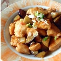 鶏肉となすの炒め物