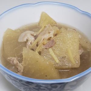 体もポカポカ生姜を入れた大根と豚肉の煮物