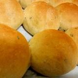 簡単 黒ゴマちぎりパン 食事パン