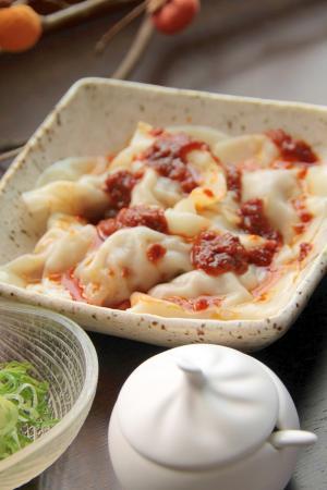 台湾の定番料理『紅油抄手』