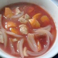 サメと人参のトマトスープ