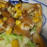 鶏チャーシューとコーンのマヨトースト