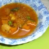 カボチャとシーフードのスープカレー