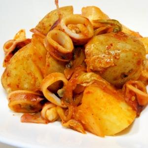 ヤリイカとジャガイモのキムチ炒め