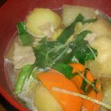 野菜たっぷり…すいとん鍋