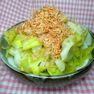 茹でキャベツとかつお節と桜えびの簡単おひたしサラダ