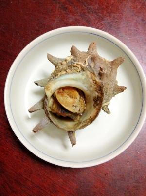 ごま油で旨みUP☆サザエの壺焼き【海鮮グルメ】