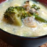 あさりとブロッコリーの和洋折衷豆乳スープ