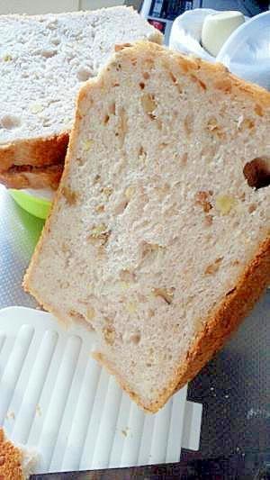 ホシノdeバター・砂糖不使用のクルミパン(HB)
