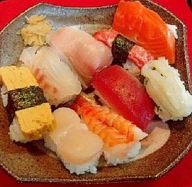 ♪型を使って 簡単にぎり寿司♪