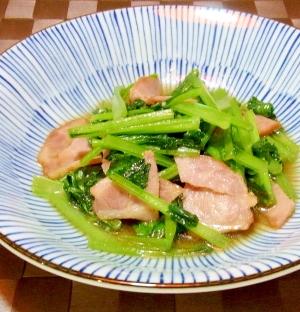小松菜とベーコンのにんにく醤油炒め