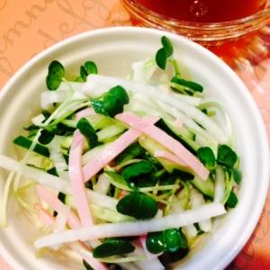 千切り野菜のさっぱりサラダ