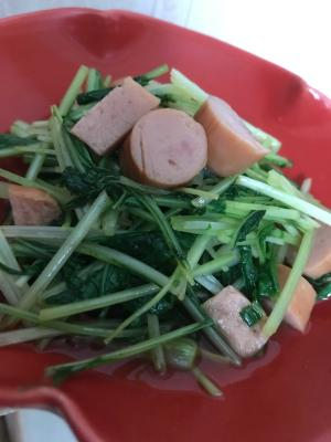 水菜とウインナーのさっと煮