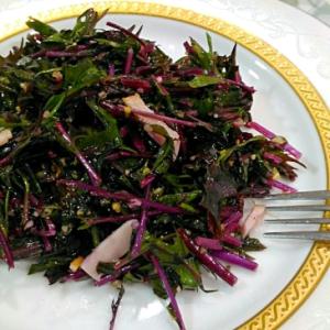 色がキレイ♡紫水菜のフレッシュサラダ